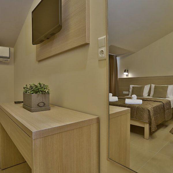 hotel-dionisos-triple-private-sea-view